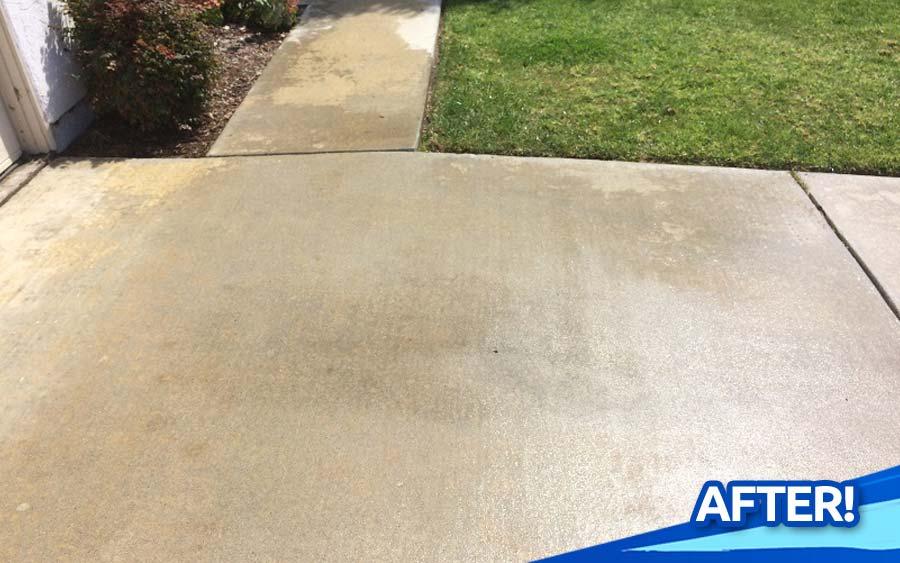 Deep-Clean-Concrete-Driveway-Sidewalk-Pool-Deck-Pressure-Washing-North-County-San-Diego-CA-gallery-02